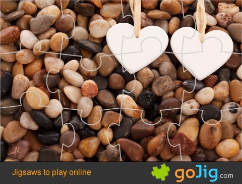 Jigsaw : Pebbles and Hearts