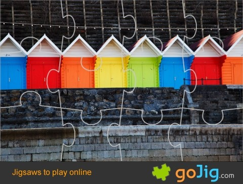 Jigsaw : Multi Colored Huts