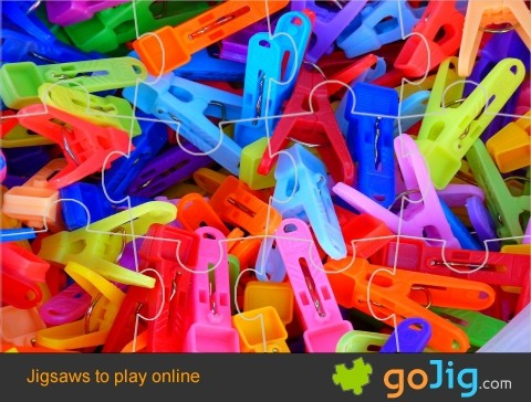 Jigsaw : Clothes Pegs